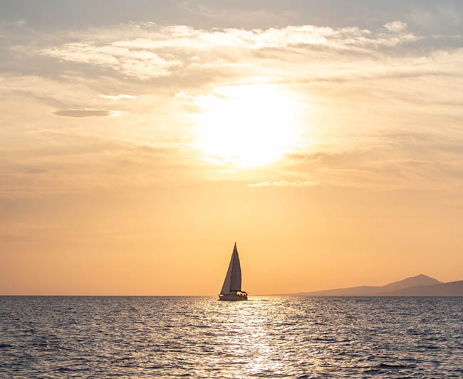 Afternoon-Sailing-Trip-To-Dia-Island-Crete