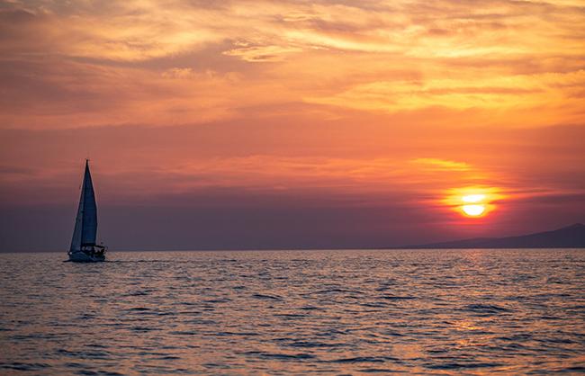 Afternoon-Sailing-Trip-dia-island-crete-heraklion